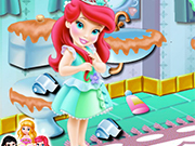 Play Baby Ariel Bathroom Cleaning