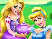Play Disney Princesses Picnic Day