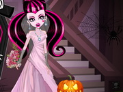 Play Draculaura Halloween Wedding