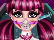 Play Draculaura Surgery