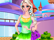 Play Elsa College Dressup