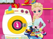 Play Elsa Drying Clothes