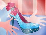 Play Elsa Magic Shoes