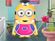 Play Minion Girl Fix The Batroom