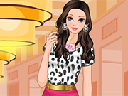 Play Modern Rapunzel Dress Up