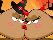 Play Pou Halloween Kissing