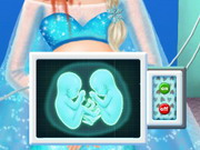 Play Pregnant Elsa Ambulance