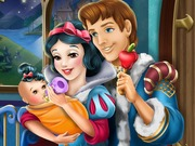 Play Snow White Baby Feeding