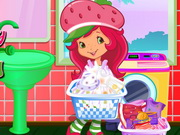 Play Strawberry Shortcake Washing Clothes