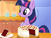 Play Twilight Sparkle cooking Red Velvet Cake